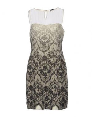 Короткое платье LORELLA SIGNORINO. Цвет: зеленый-милитари