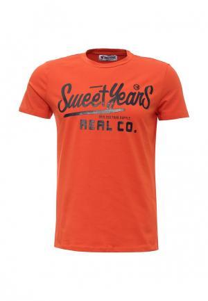 Футболка Sweet Years. Цвет: оранжевый