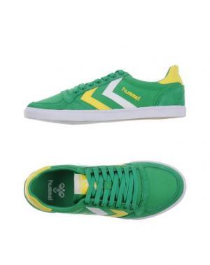 Низкие кеды и кроссовки ERES. Цвет: зеленый