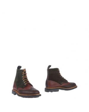 Полусапоги и высокие ботинки MARK MCNAIRY. Цвет: какао