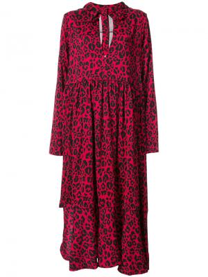 Платье с капюшоном и леопардовым принтом Barbara Bologna. Цвет: красный