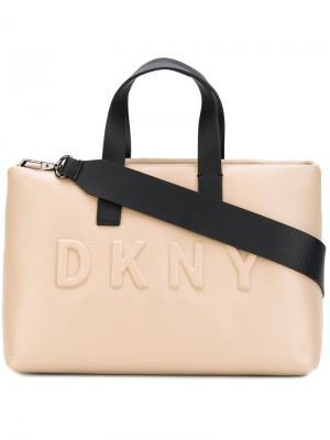 Большая сумка-шоппер с логотипом Donna Karan. Цвет: телесный