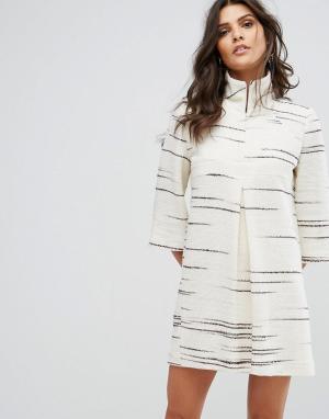 BA&SH Свободное платье с принтом. Цвет: кремовый