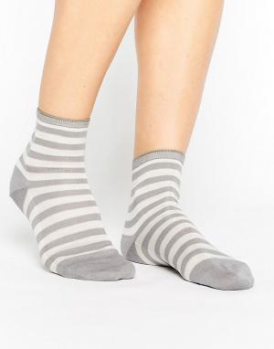 Falke Серые носки. Цвет: серый