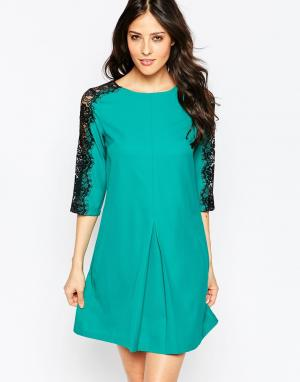 Paper Dolls Цельнокройное платье с кружевными рукавами. Цвет: зеленый