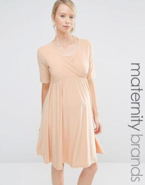 Bluebelle Maternity Платье для беременных и кормящих мам с запахом. Цвет: бежевый
