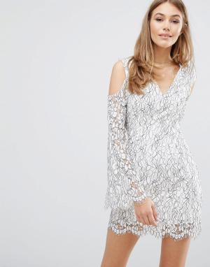 Keepsake Кружевное платье с вырезами на плечах. Цвет: белый