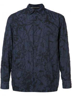 Рубашка с принтом брызг краски Issey Miyake. Цвет: синий