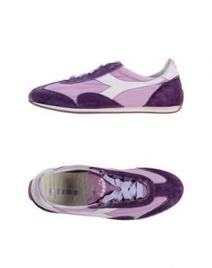 Низкие кеды и кроссовки DIADORA HERITAGE. Цвет: фиолетовый