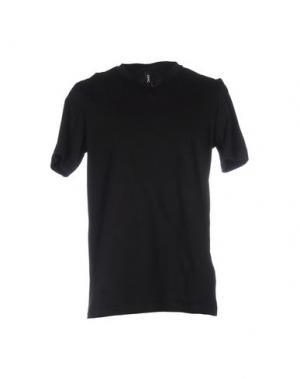 Футболка OMC. Цвет: черный