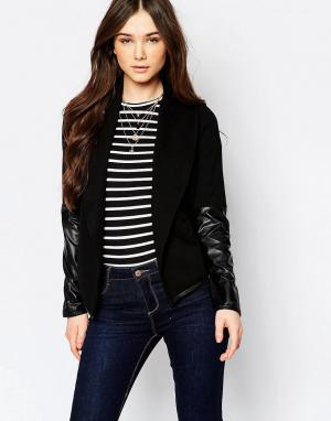 Wal G Куртка с рукавами из искусственной кожи. Цвет: черный