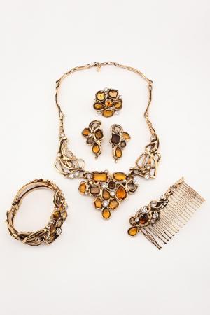 Набор I Pavoni. Цвет: золотой, камни желтые, белые