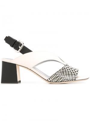 Босоножки на массивном каблуке Pollini. Цвет: белый
