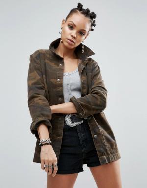 ASOS Джинсовая куртка камуфляжной расцветки. Цвет: зеленый