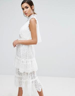Three Floor Кружевное ярусное платье миди. Цвет: белый