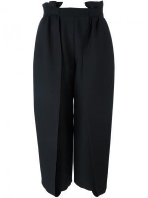 Широкие укороченные брюки со складками Fendi. Цвет: чёрный