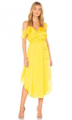 Платье michelle SAYLOR. Цвет: желтый
