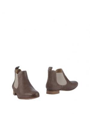 Полусапоги и высокие ботинки EYE. Цвет: хаки