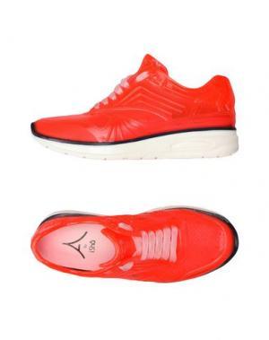 Низкие кеды и кроссовки ISHU+. Цвет: коралловый