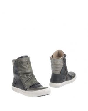 Полусапоги и высокие ботинки CRIME London. Цвет: зеленый-милитари