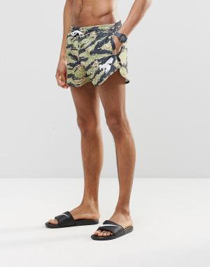 Abuze London Короткие шорты для плавания с камуфляжным принтом. Цвет: зеленый