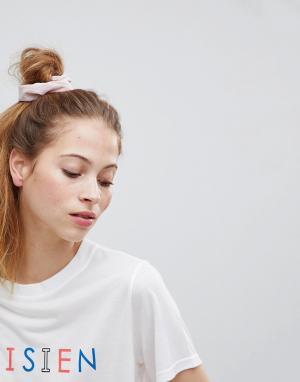 ASOS Плиссированная резинка для волос. Цвет: розовый