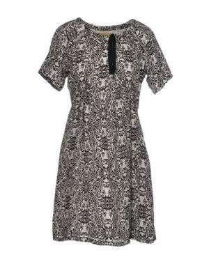 Короткое платье ANA PIRES. Цвет: белый