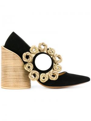 Декорированные туфли с заостренным носком Jacquemus. Цвет: чёрный