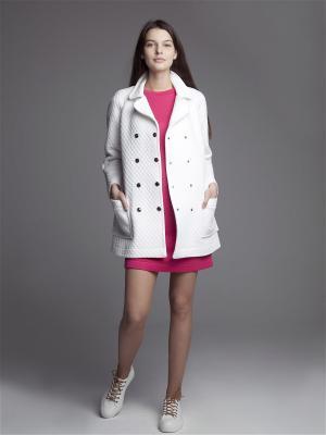 Легкое пальто ЛитанияMIR. Цвет: белый
