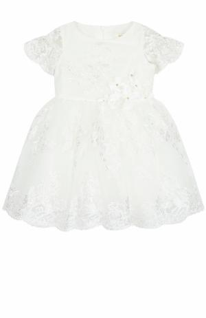 Платье с кружевной отделкой David Charles. Цвет: белый