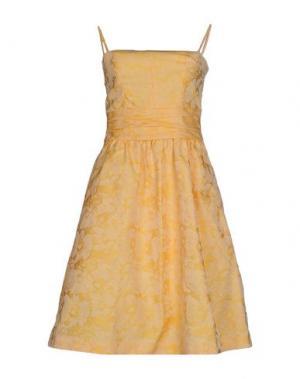Короткое платье INTROPIA. Цвет: оранжевый