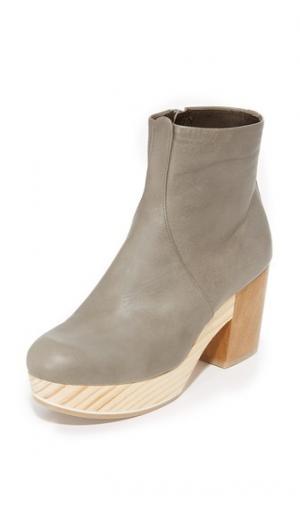 Ботильоны в стиле клогов Tickle Coclico Shoes. Цвет: серый vitello