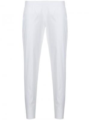 Классические зауженные брюки Prada. Цвет: белый