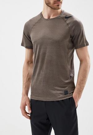 Футболка спортивная Nike. Цвет: коричневый