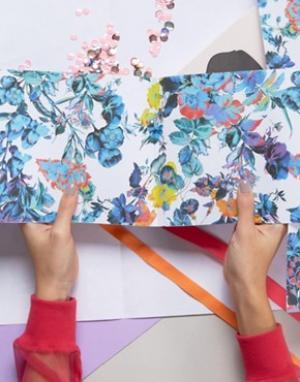 OHH DEER Упаковочная бумага с цветочным принтом. Цвет: мульти