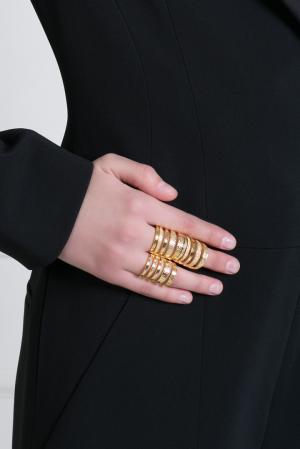 Кольцо из латуни с золотым напылением Pamela Love. Цвет: золотой