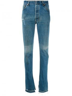 Расклешенные джинсы с потертой отделкой Re/Done. Цвет: синий
