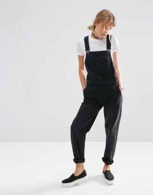 ASOS Черный джинсовый комбинезон. Цвет: черный