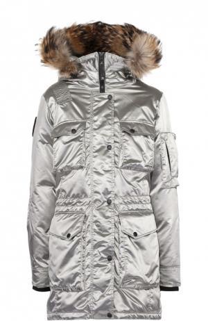 Пуховая парка с меховой отделкой капюшона Arctic Explorer. Цвет: серебряный
