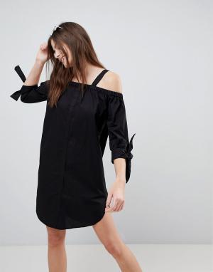 Monki Пляжное платье-рубашка с открытыми плечами. Цвет: черный