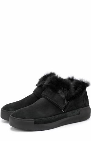 Замшевые ботинки с меховой отделкой Vic Matie. Цвет: черный