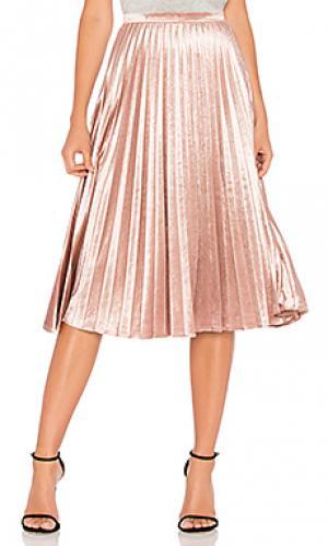Велюровая плиссированная юбка Bardot. Цвет: розовый