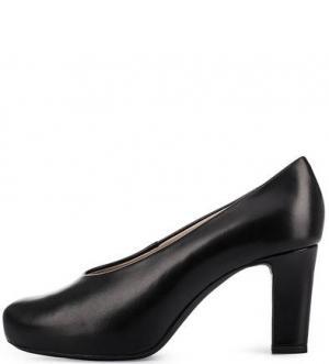 Черные кожаные туфли UNISA. Цвет: черный