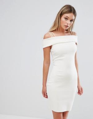 Bec & Bridge Платье. Цвет: белый