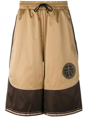 Спортивные шорты с атласными панелями Astrid Andersen. Цвет: телесный