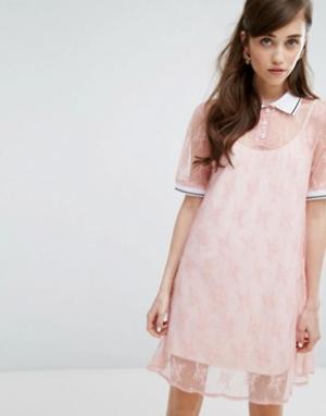 Sister jane Кружевное платье-футболка с воротником поло и комбинацией. Цвет: розовый