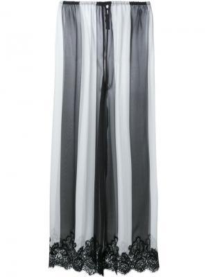 Полосатые брюки с кружевной отделкой Rosamosario. Цвет: чёрный