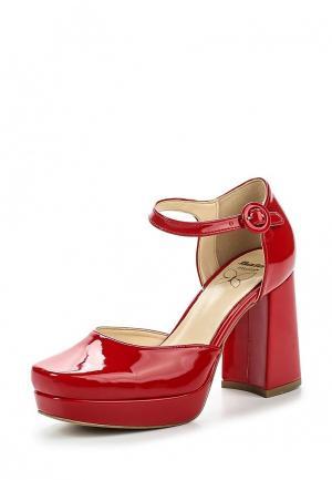 Туфли Bata. Цвет: красный