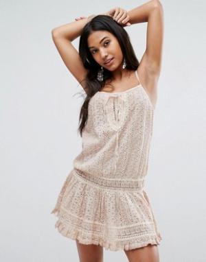 Surf Gypsy Пляжное платье мини без рукавов на шнуровке. Цвет: розовый