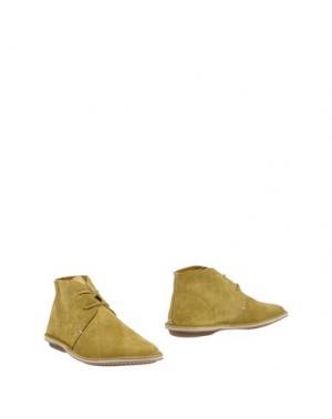 Полусапоги и высокие ботинки LEREWS. Цвет: охра